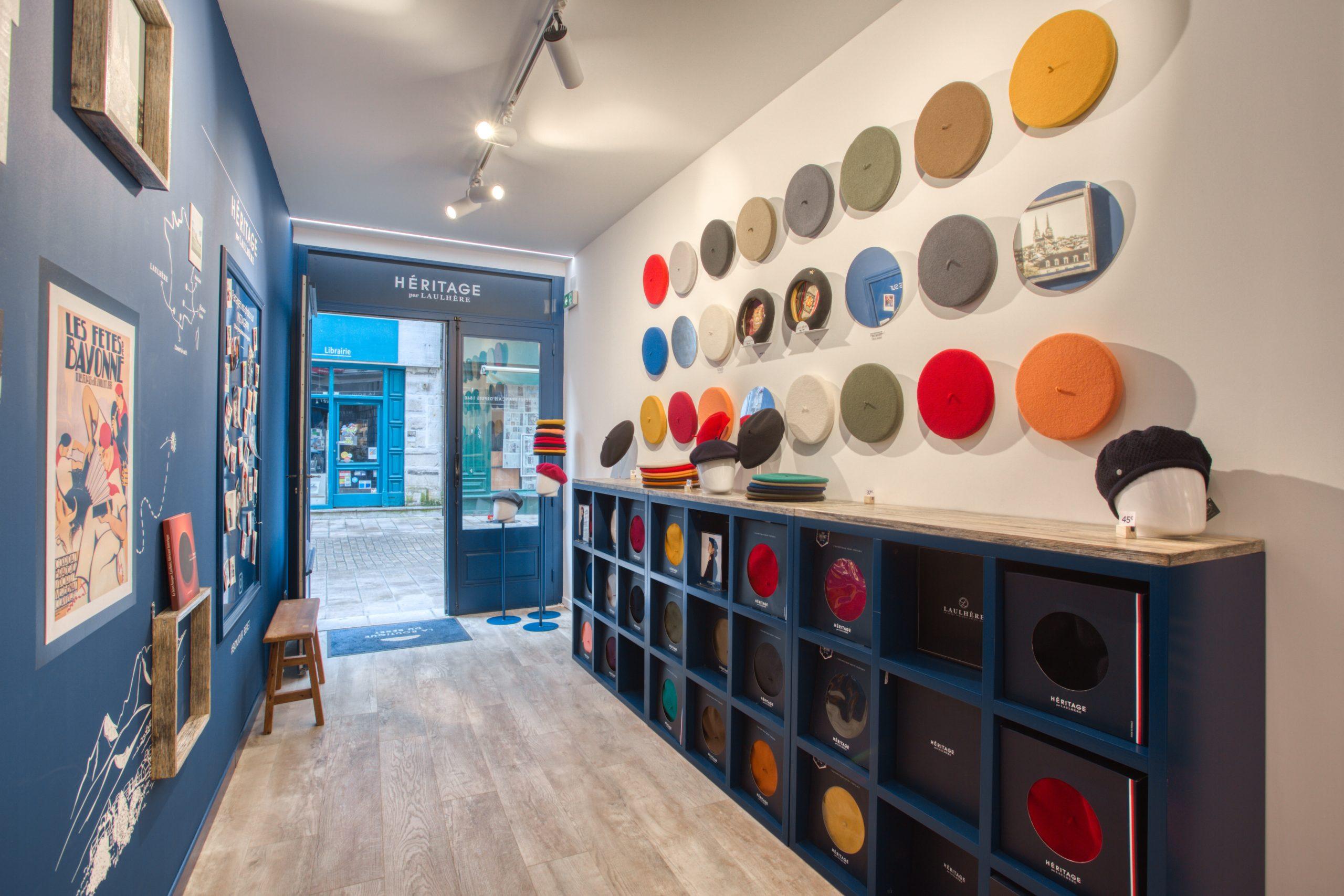 Atelier Plurielles Architectures - Aménagement Boutique Bayonne - Le Béret Basque - intérieur boutique 6