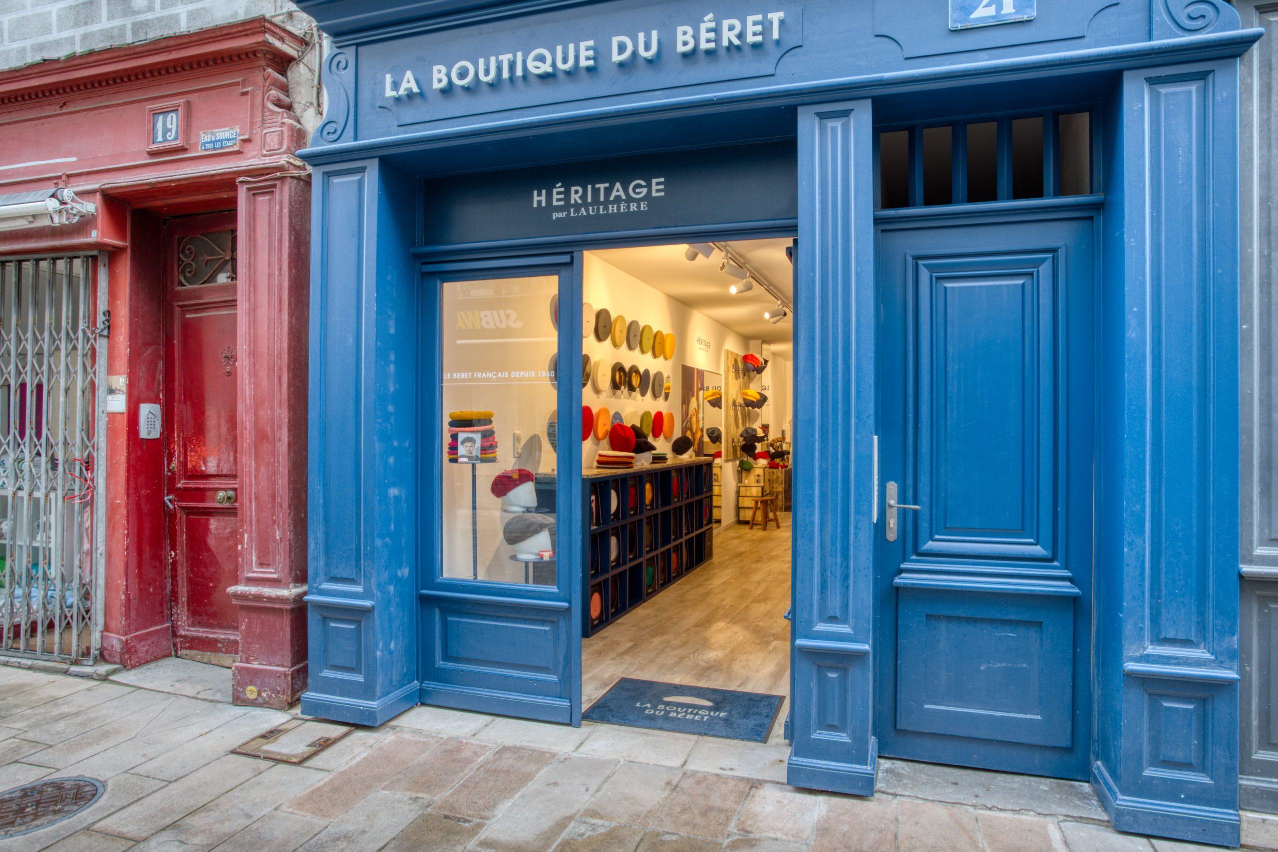 Atelier Plurielles Architectures - Aménagement Boutique Bayonne - Le Béret Basque - vitrine
