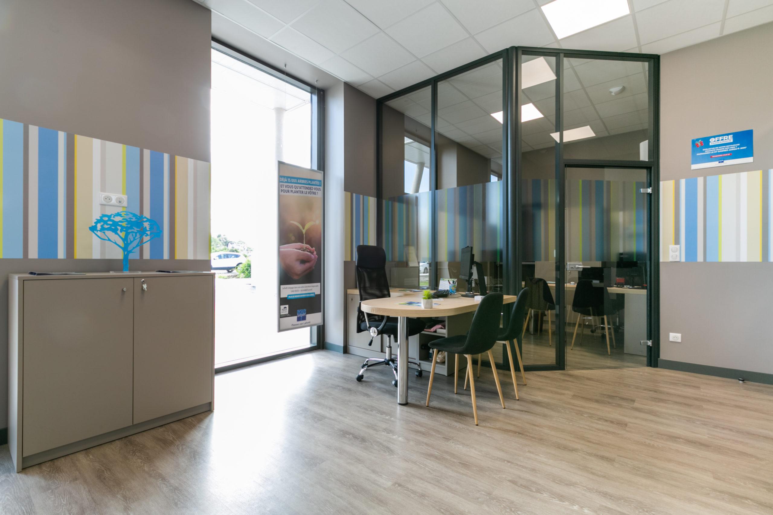 Atelier-Plurielles-Architectures-aménagement-bureau-Tarnos-bureau 2