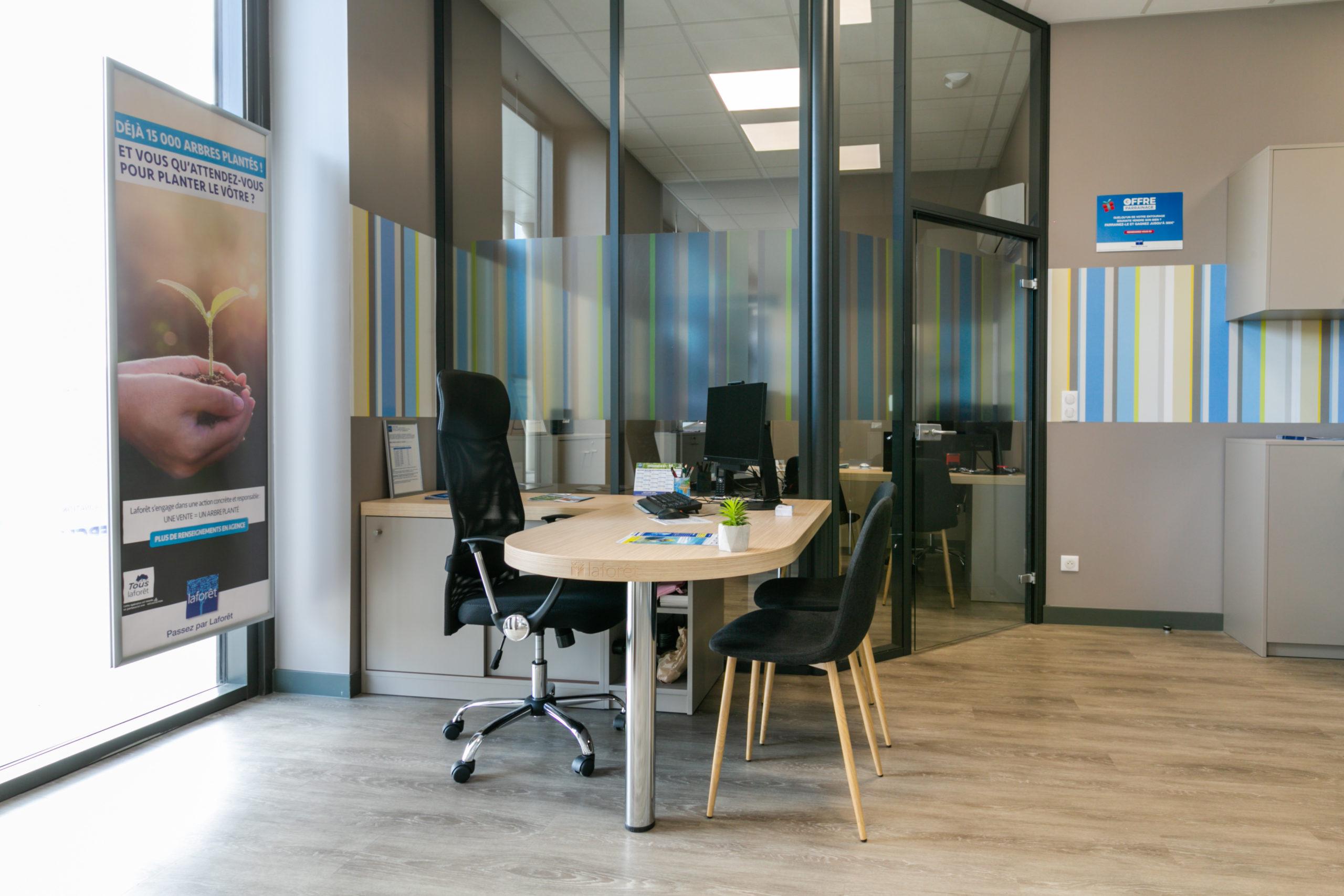 Atelier-Plurielles-Architectures-aménagement-bureau-Tarnos-bureau