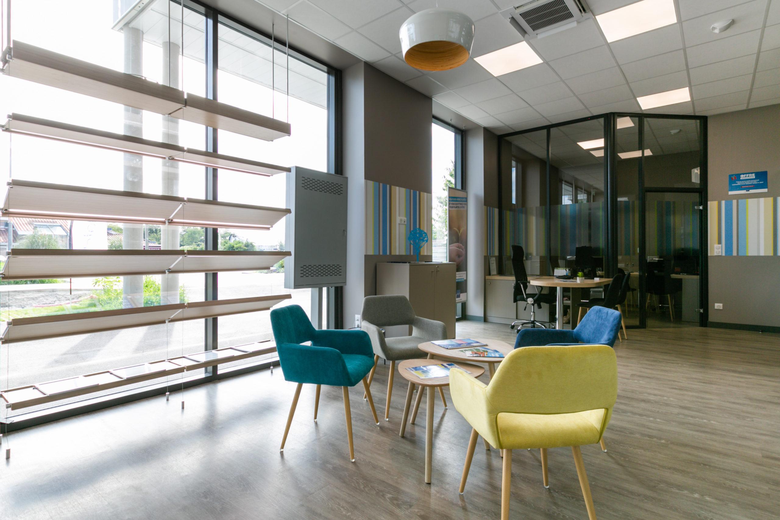 Atelier-Plurielles-Architectures-aménagement-bureau-Tarnos-hall