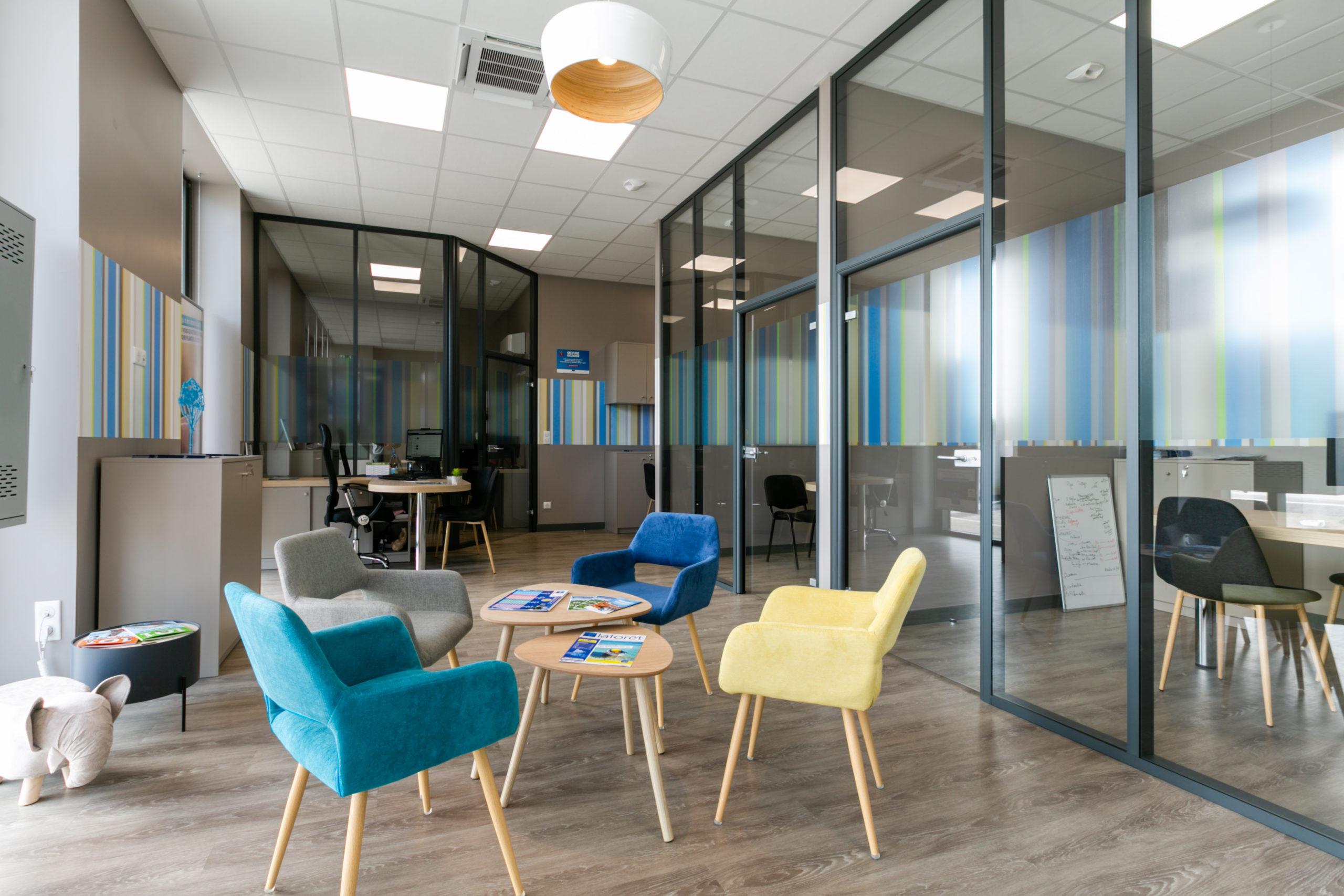 Atelier-Plurielles-Architectures-aménagement-bureau-Tarnos- salle attente 2