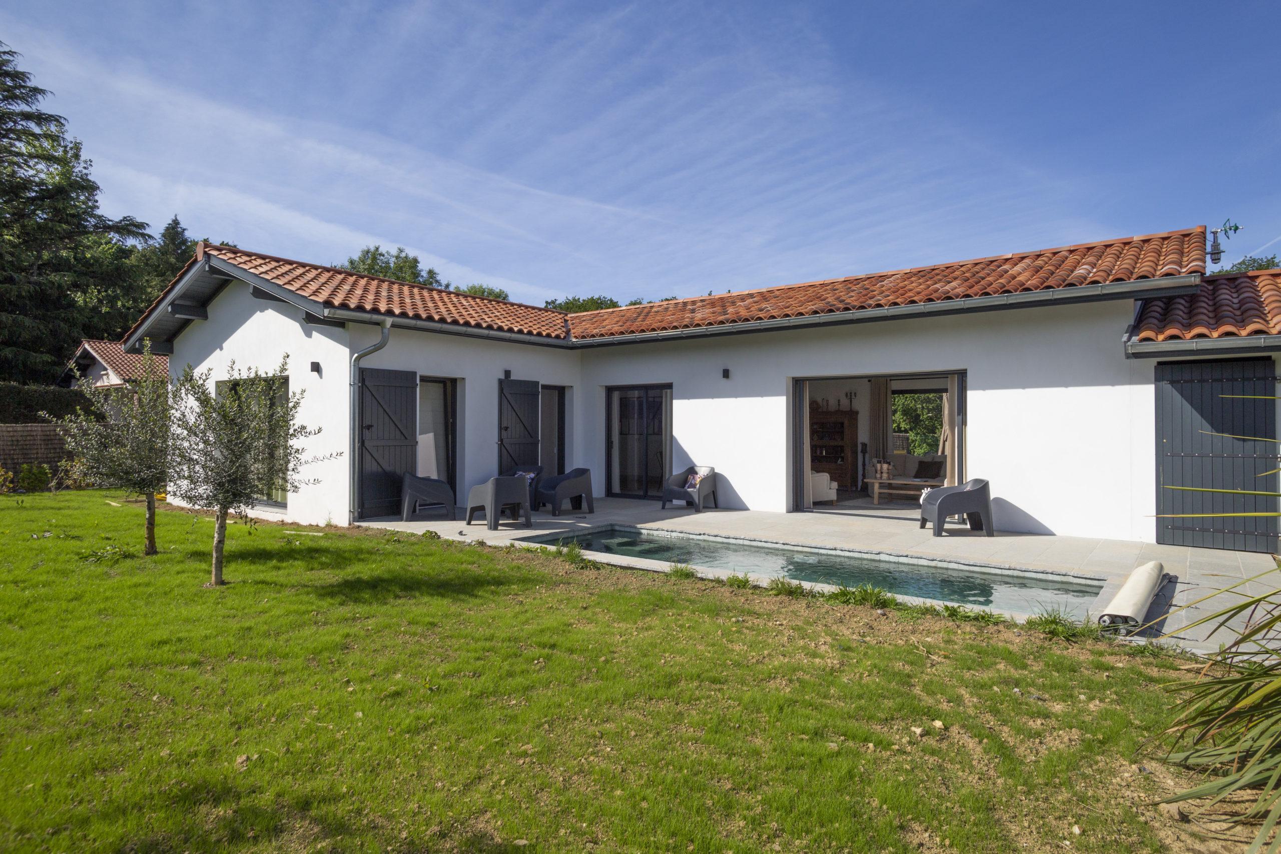 Atelier-Plurielles-Architectures-Construction maison Basque à Hendaye- jardin
