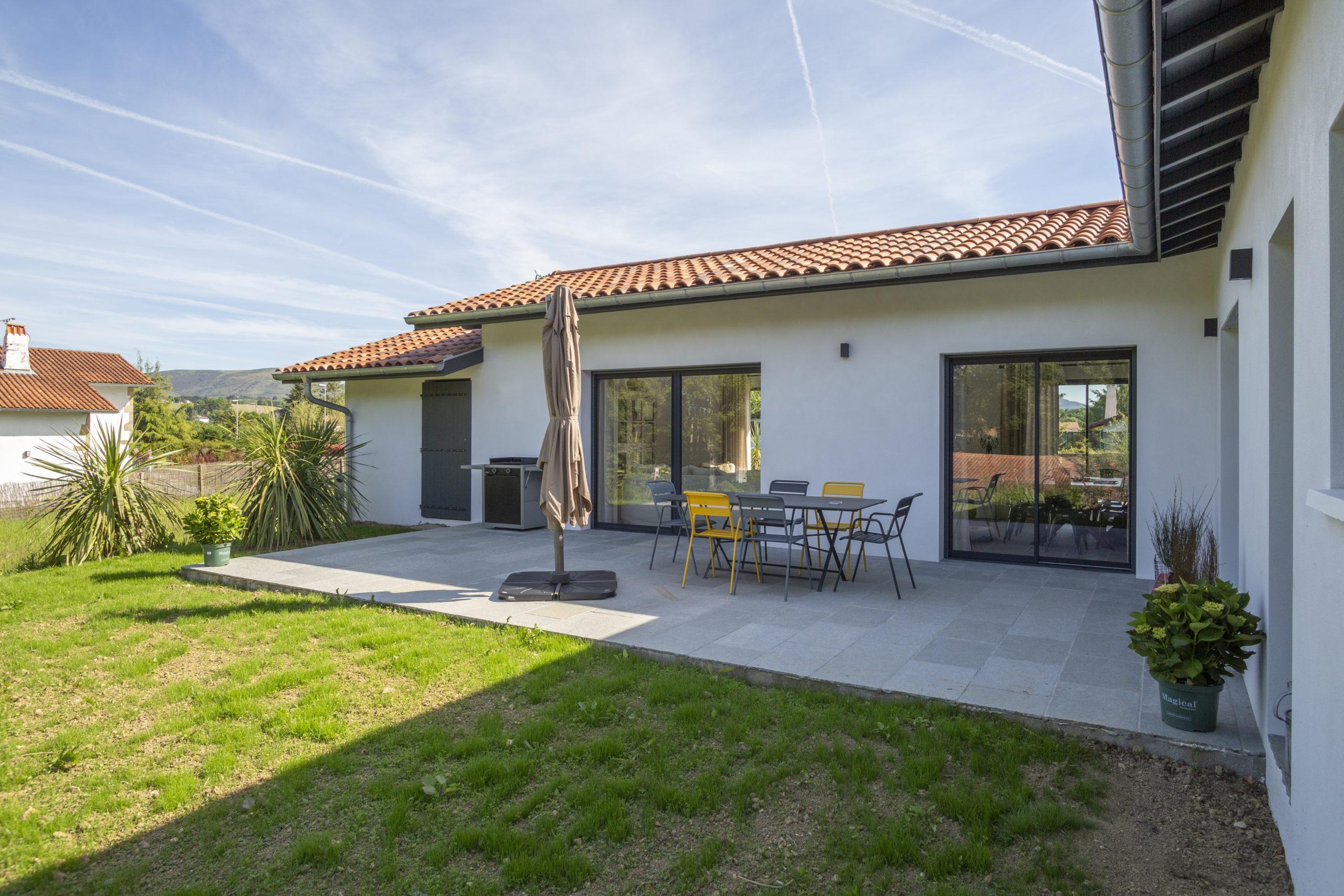 Atelier-Plurielles-Architectures-Construction maison Basque à Hendaye- terrasse 2