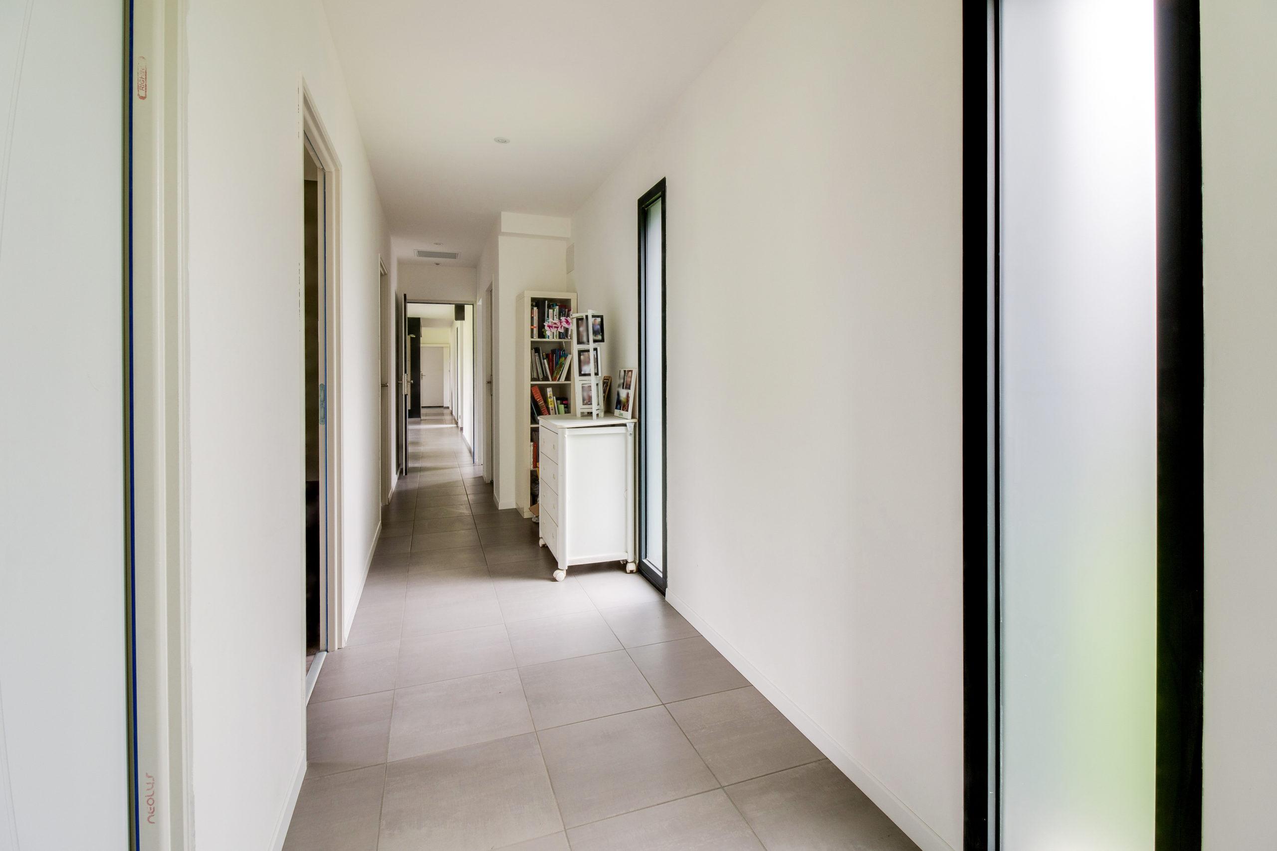 Atelier-Plurielles-architectures-construction-maison-Bearn-couloir