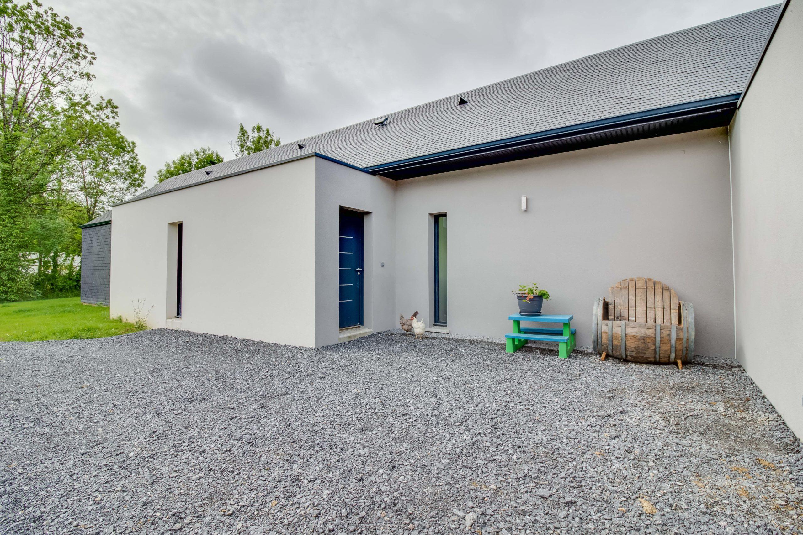 Atelier-Plurielles-architectures-construction-maison-Bearn-porte entrée