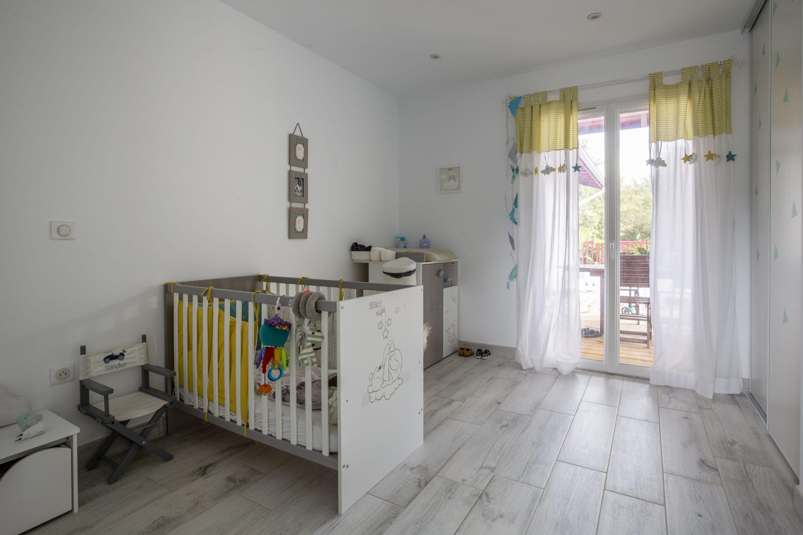Atelier Plurielles Architectures - Maison Basque à Briscous - chambre enfant