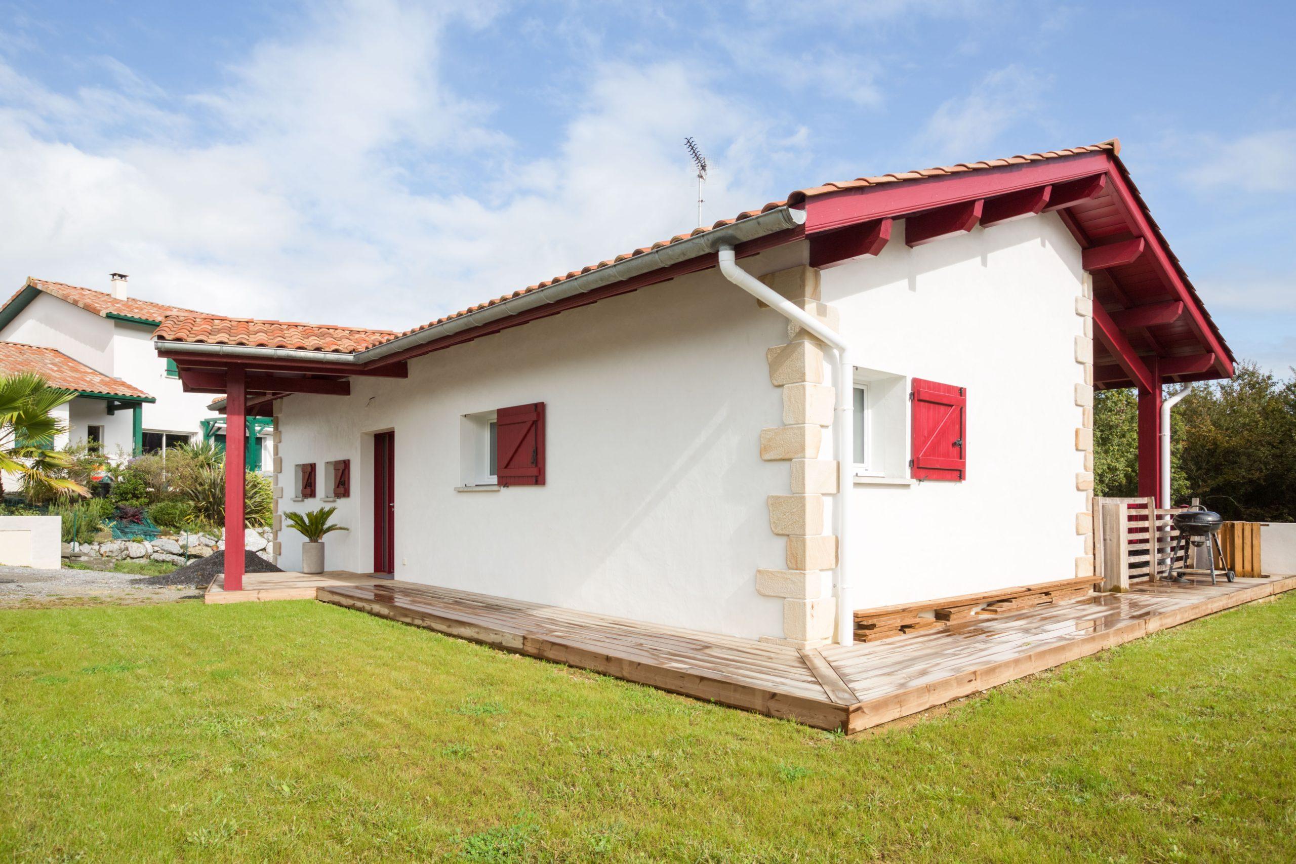 Atelier Plurielles Architectures - Maison Basque à Briscous - jardin
