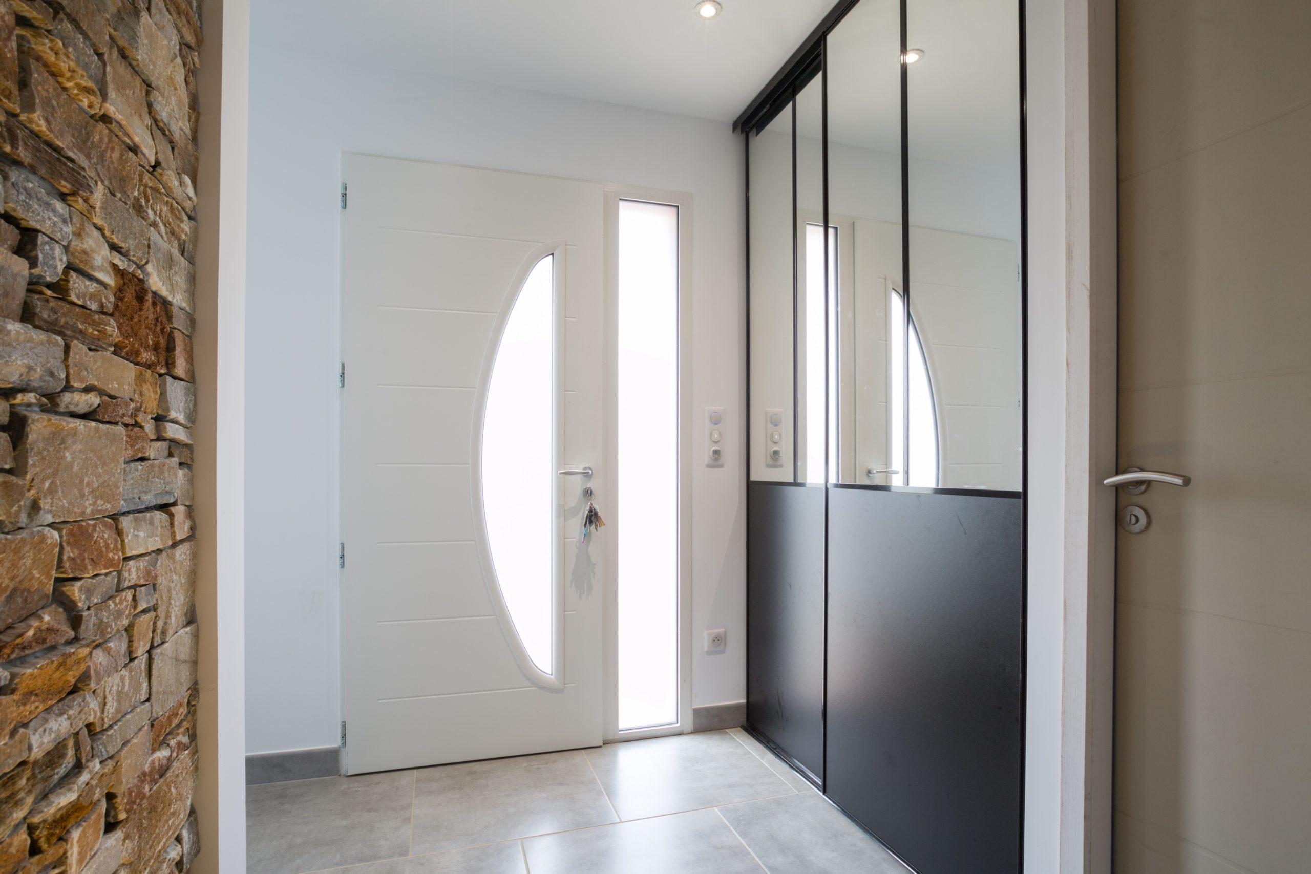 Atelier Plurielles Architectures - Maison Basque à Briscous - placard entrée