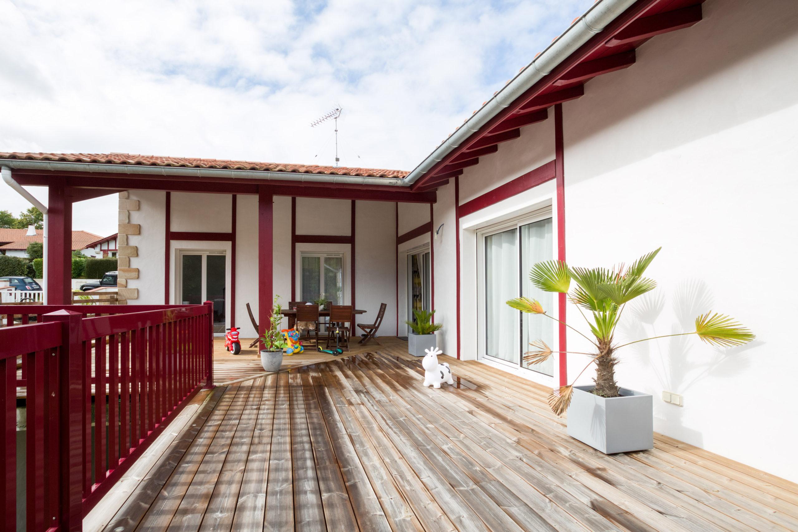 Atelier Plurielles Architectures - Maison Basque à Briscous - terrasse