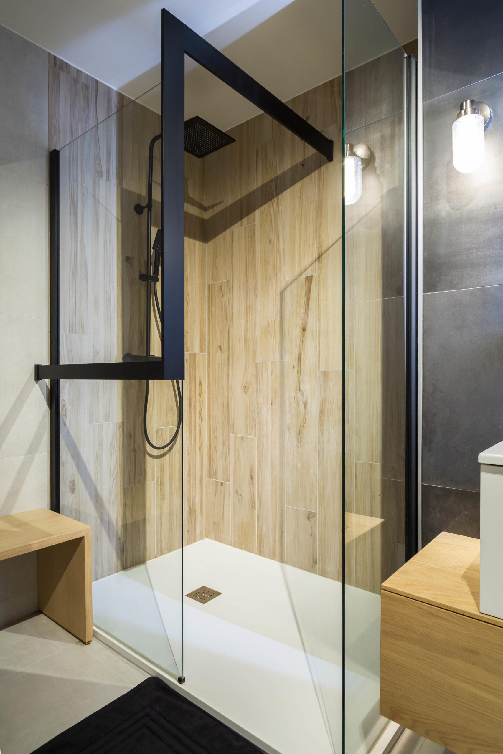 Atelier Plurielles Architectures Réaménagement appartement Anglet - douche (2)