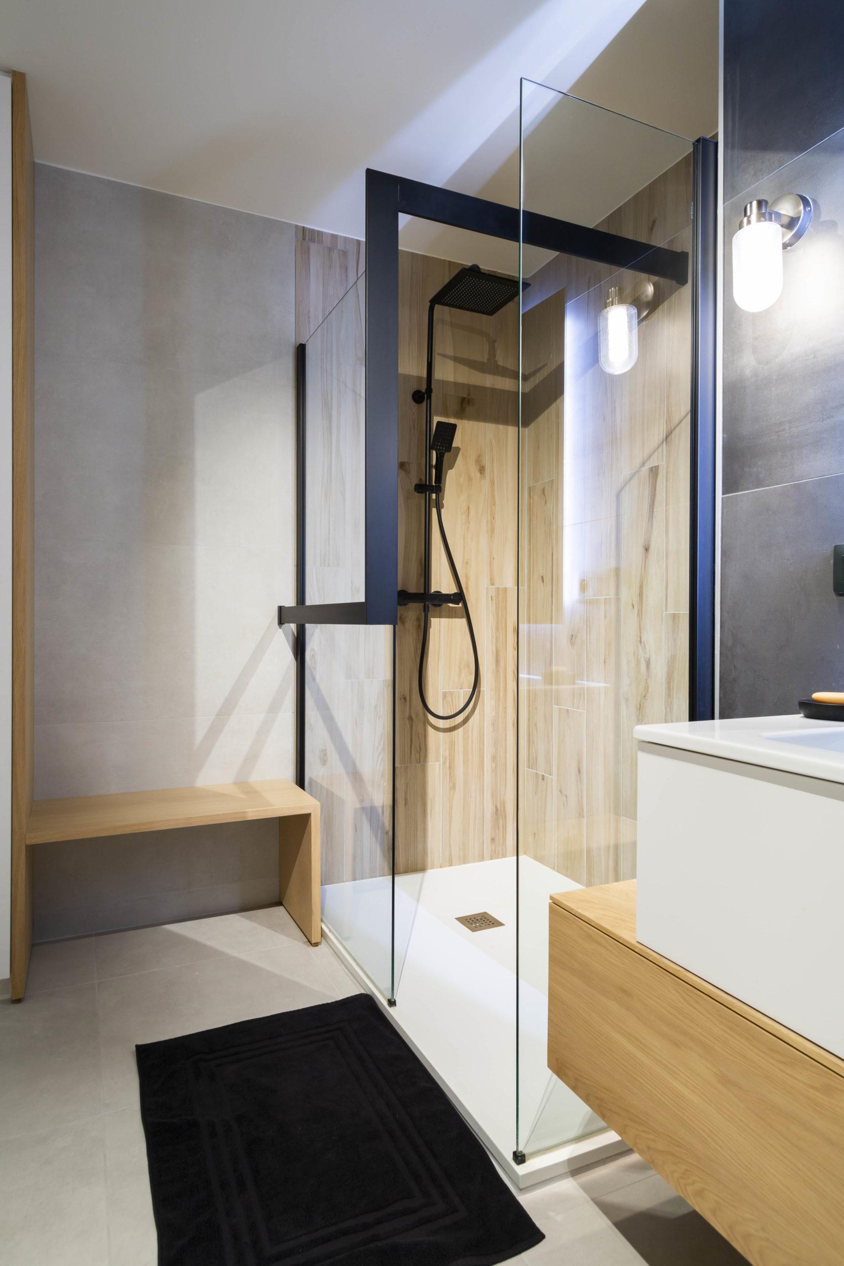 Atelier Plurielles Architectures Réaménagement appartement Anglet - douche (3)