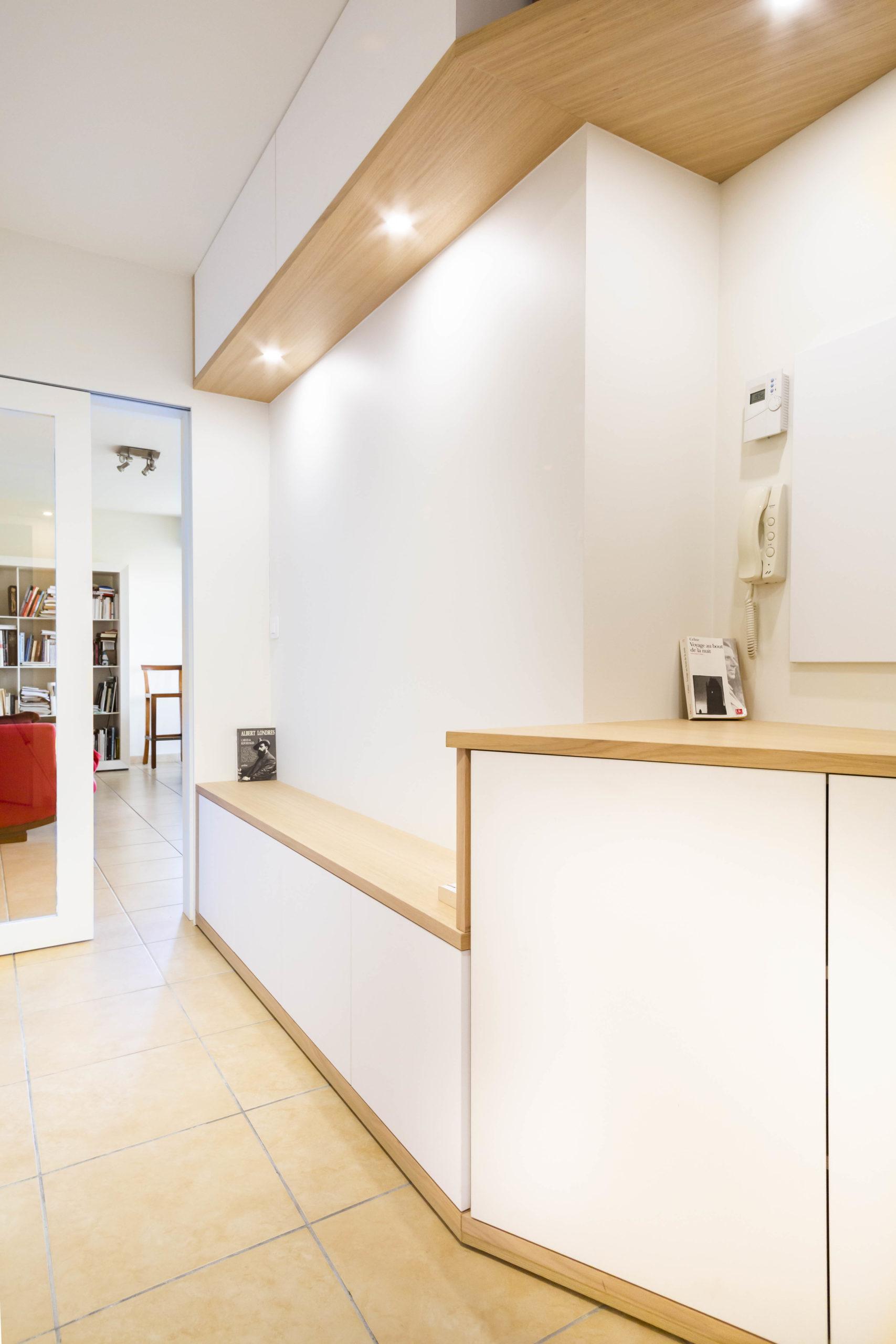 Atelier Plurielles Architectures Réaménagement appartement Anglet - meuble entrée