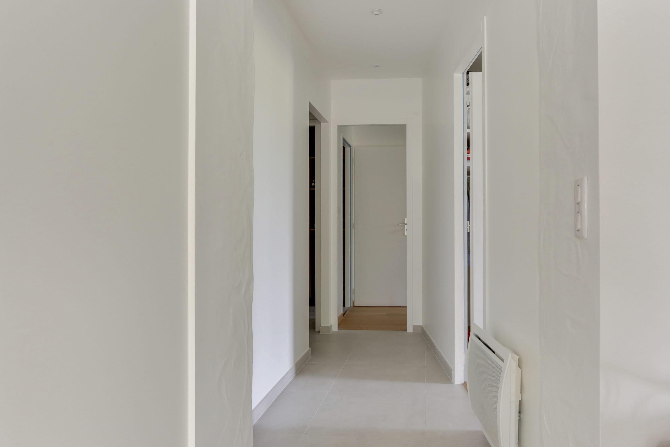 Atelier Plurielles Architectures -renovation-appartement-Ahetze-couloir