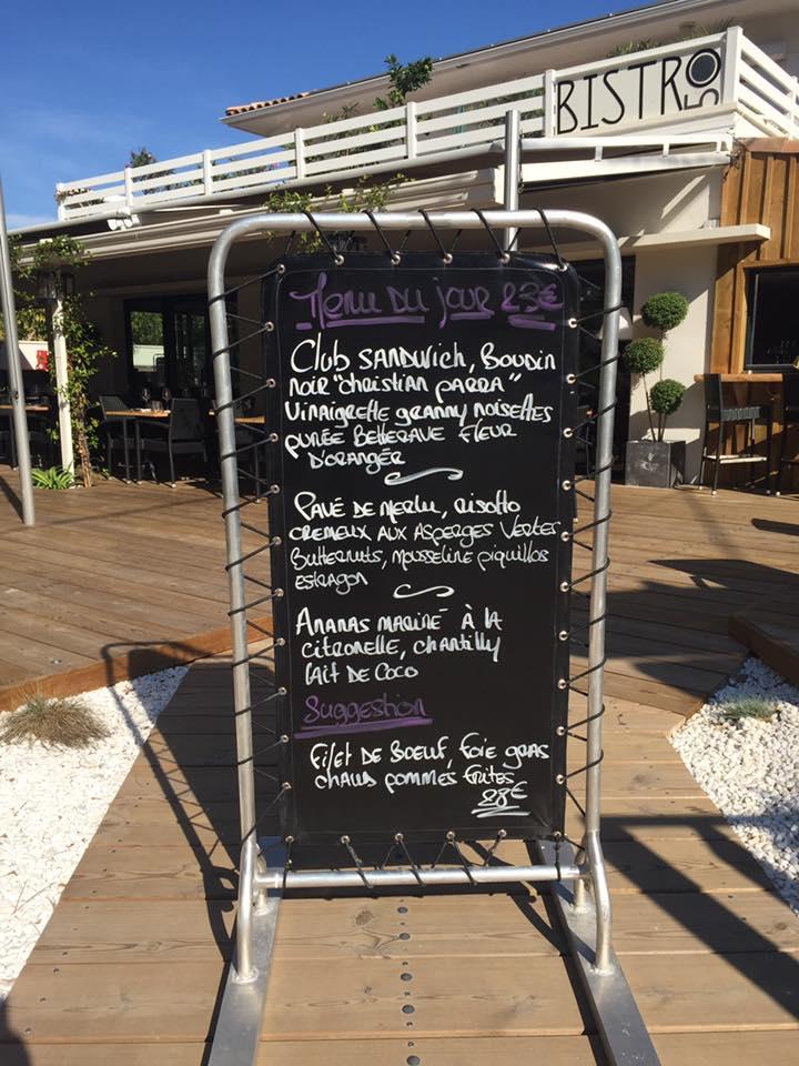 Atelier Plurielles Architectures Rénovation restaurant Gujan Mestras - porte menu