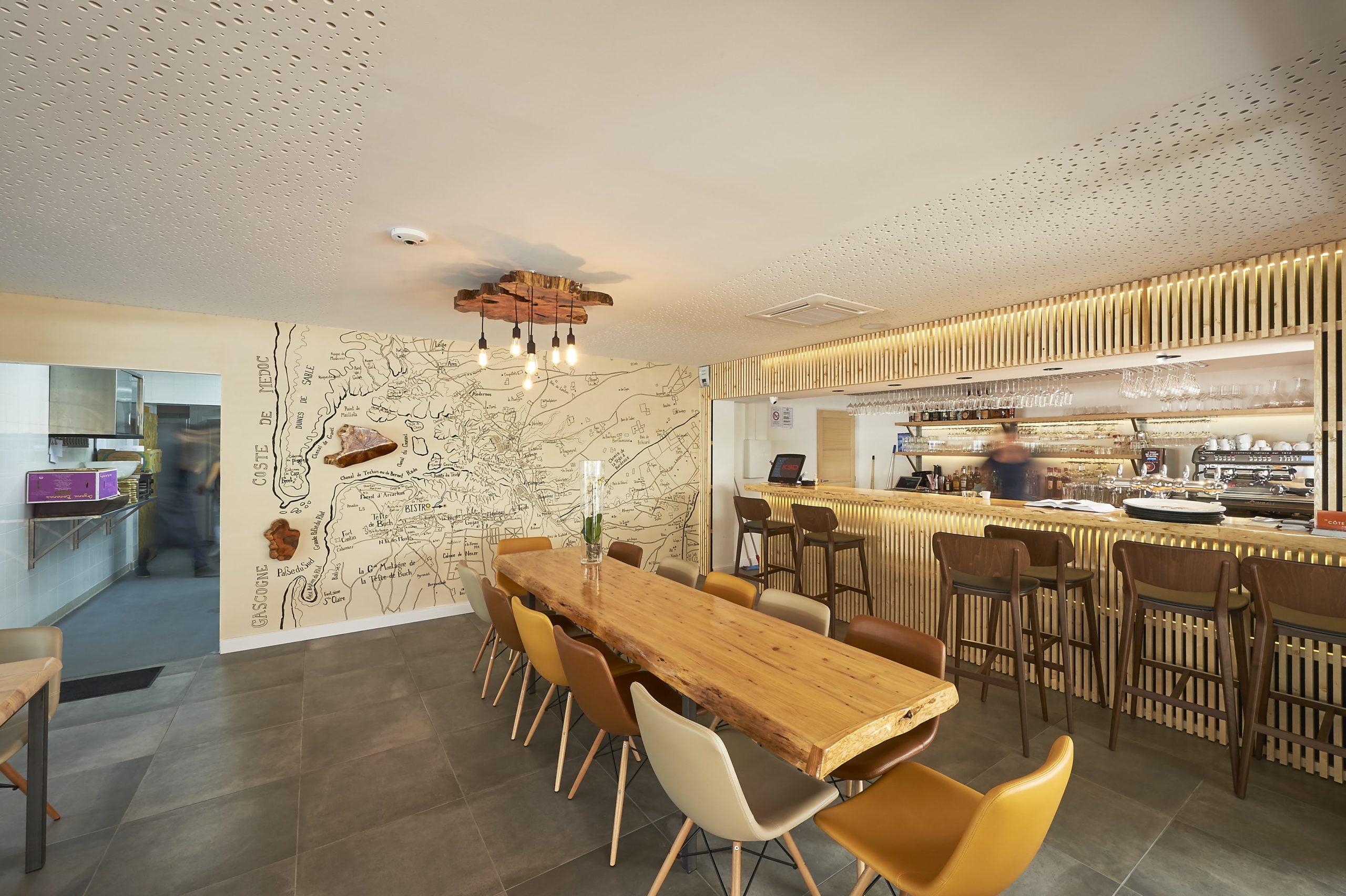Atelier Plurielles Architectures Rénovation restaurant Gujan Mestras - bar
